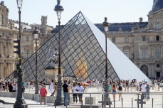 piramide3@parisdomeujeito